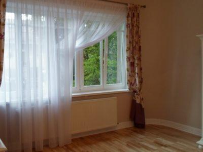 ferestre albe din lemn stratificat, imagine holze