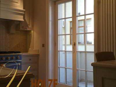 ferestre cu sprosuri din lemn stratificat