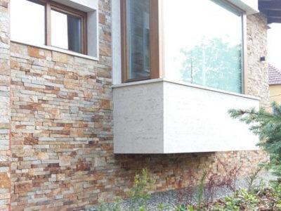 ferestre din lemn stratificat cu panou tripan