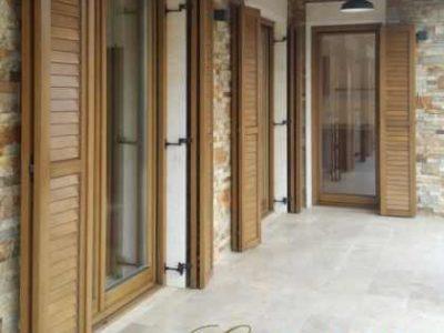 ferestre din lemn stratificat , imagine 1046