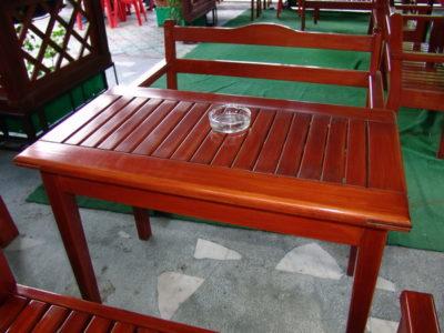 Amenajari decorative si Mobilier din lemn pentru exterior