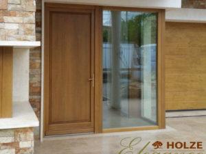 Usa de intrare din lemn stratificat cu sticla