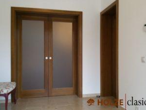 Usa dubla culisanta pentru interior din lemn