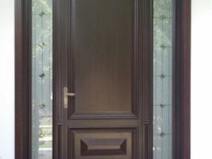 Usa exterior lemn stratitficat cu vitralii