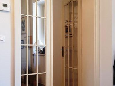 usa alba cu sticla pentru living