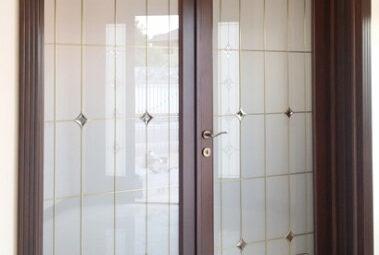 usa din lemn cu sticla pentru living, holze elegance