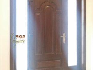 usa de intrare in casa , vila , plina , cu sticla , vitrlii , nuc , lemn , pvc , aluminiu