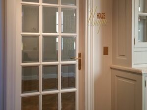 bucatarii , usi interior lemn stratificat , ivory , alb perlat , sticla , lemn stratificat , stejar , tei , frasin , mobila bucatarie