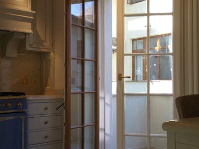ferestre , usa , bucatarie , bucatarii , terasa , balcon , bucuresti