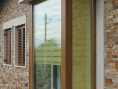 ferestre din lemn stratificat cu geam tripan , imagine model 1045