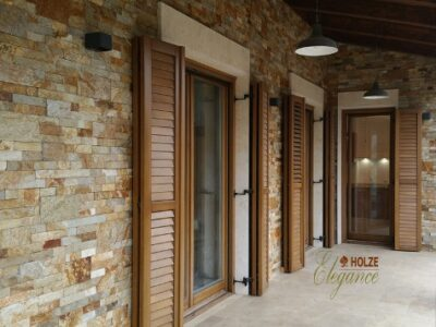 ferestre din lemn stratificat ,geam tripan , obloane , piatra naturala , imagine 1047