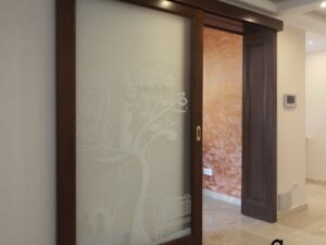 usa culisanta din lemn cu sticla , model imagine 3080